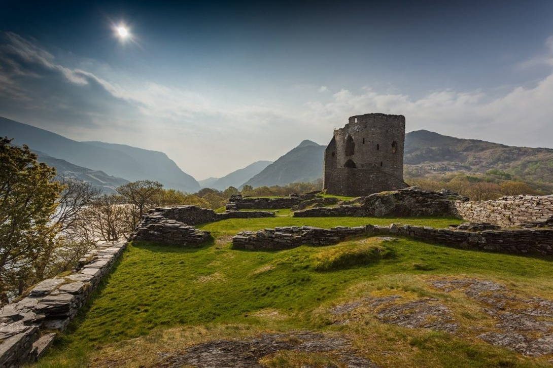 Snowdonia National Park   Coast and Countryside Adventures with TT
